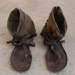 Brown Vera Wang sandals
